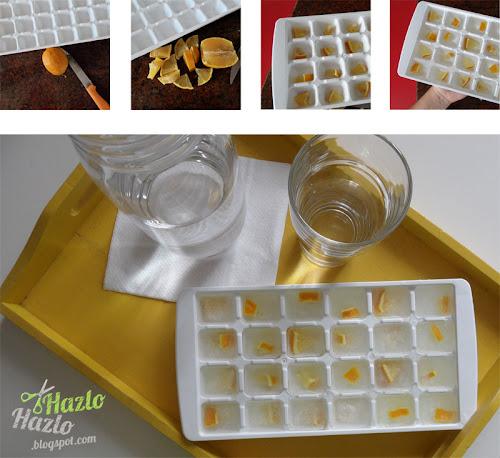 Agua con sabor con cubitos de hielo.