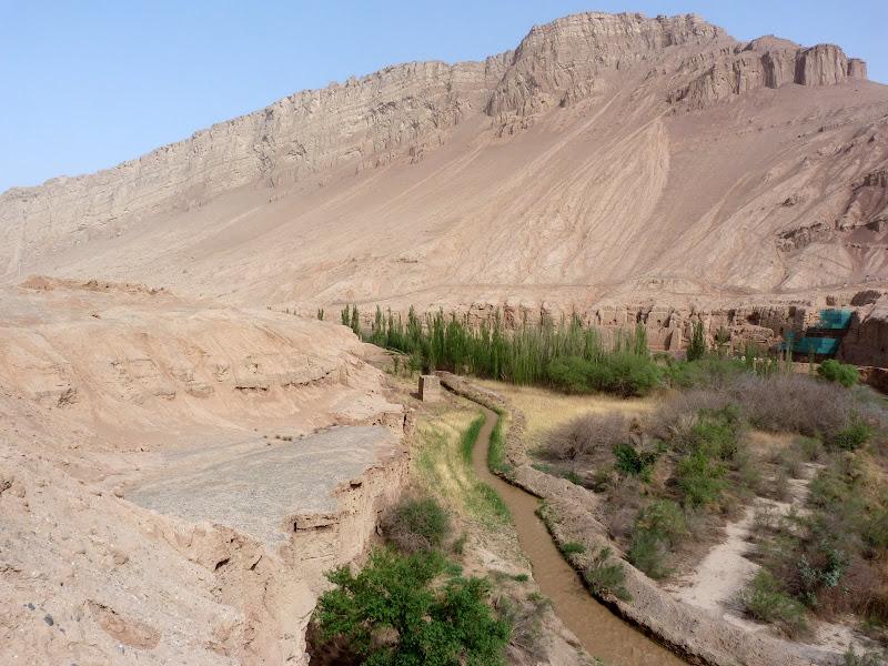 XINJIANG.  Turpan. Ancient city of Jiaohe, Flaming Mountains, Karez, Bezelik Thousand Budda caves - P1270898.JPG