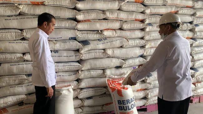 Buwas Lapor Jokowi, Beras Impor Tahun Lalu Masih Ada, Rusak tak Terpakai