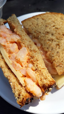 Ridiculously easy way to get a spicy mayo sushi flavor but in a more fulfilling meal via this recipe for Spicy Mayo Baby Shrimp Sandwich