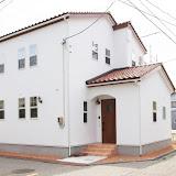 真っ白な漆喰輝くフレンチな家