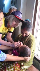 Pat Vaccinating 001