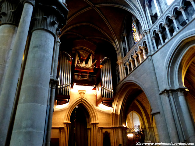 organo-catedral-lausana.JPG