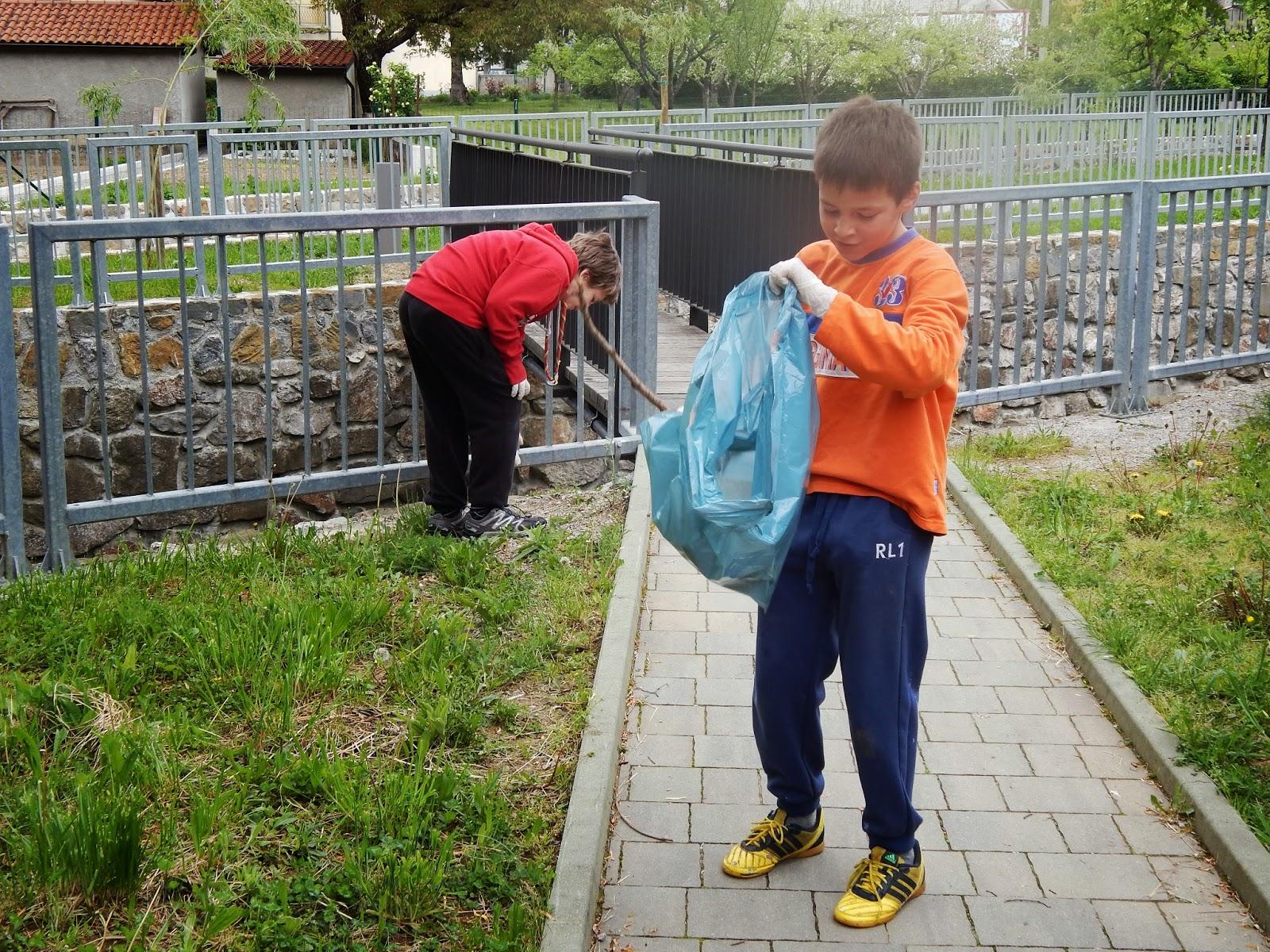 Čistilna akcija 2014, Ilirska Bistrica 2014 - DSCN1636.JPG