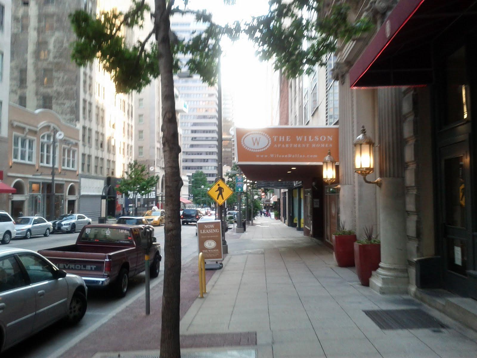 Dallas Fort Worth vacation - IMG_20110611_195212.jpg