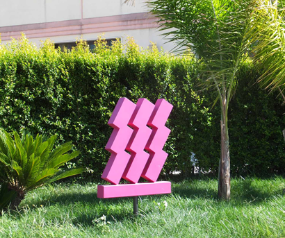 Gibellina - Straßenkunst 'rosa'