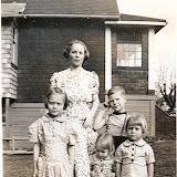 Nellie Gleaves Family