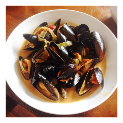 Mussels in a Lightly Spiced Vietnamese Broth