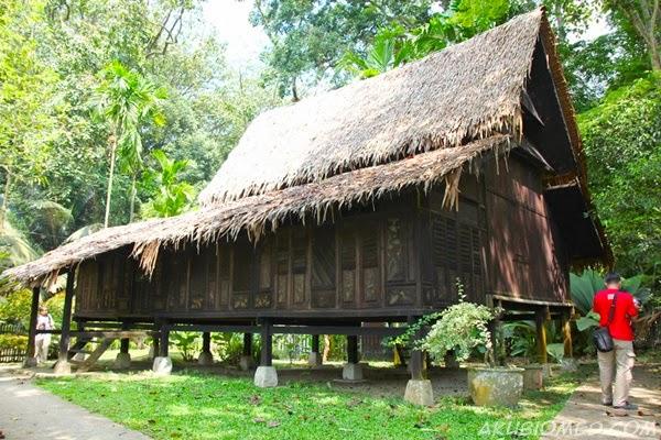 rumah tradisional melaka