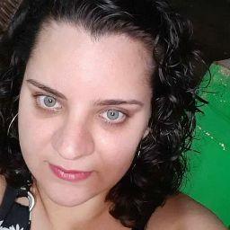 Carol Cruz