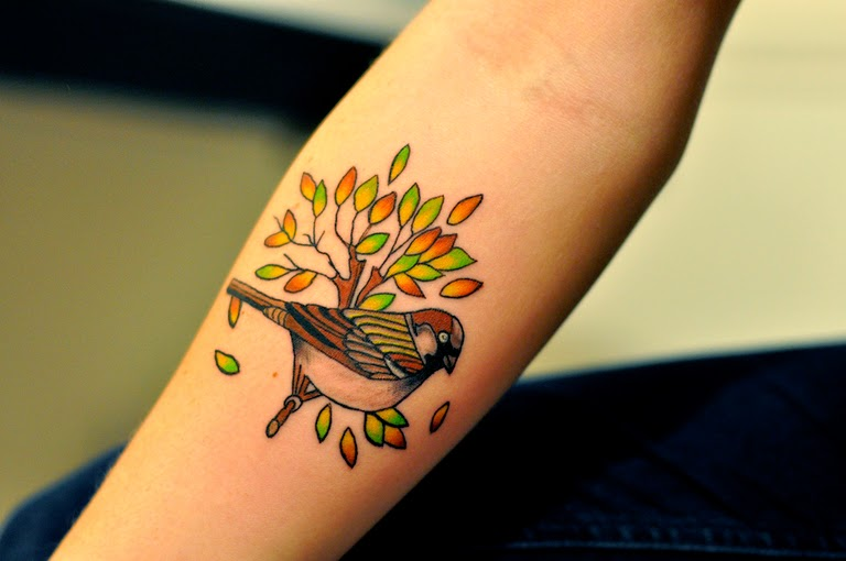 top 10 best sparrow tattoo designs and ideas. Black Bedroom Furniture Sets. Home Design Ideas