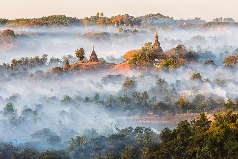 Sunrise view of the magnificent temples and pagodas of Mraul U