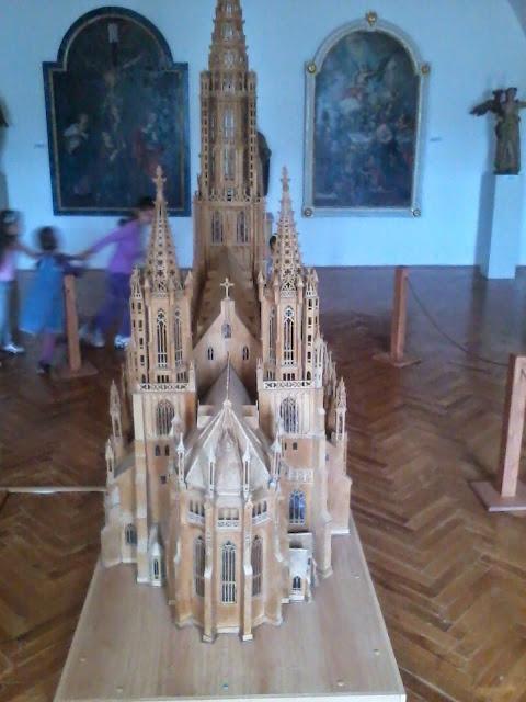 Múzeum - 2012-09-01%2525252016.09.13.jpg