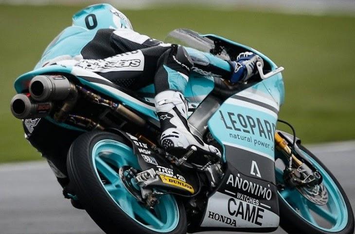 moto2-fp1-2015valencia-kent-gpone.jpg