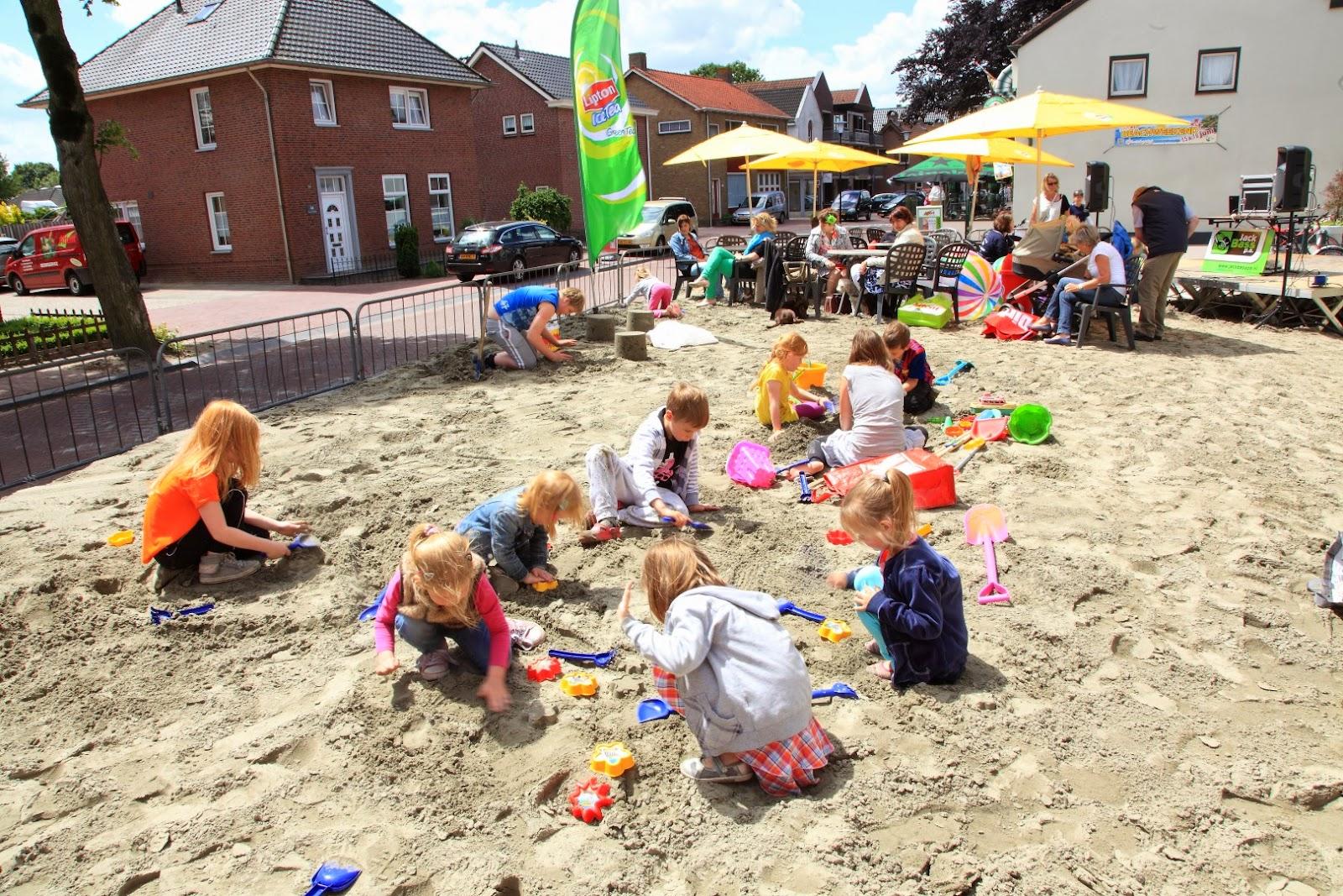 Beachweekend 2013 zandkastelen bouwen