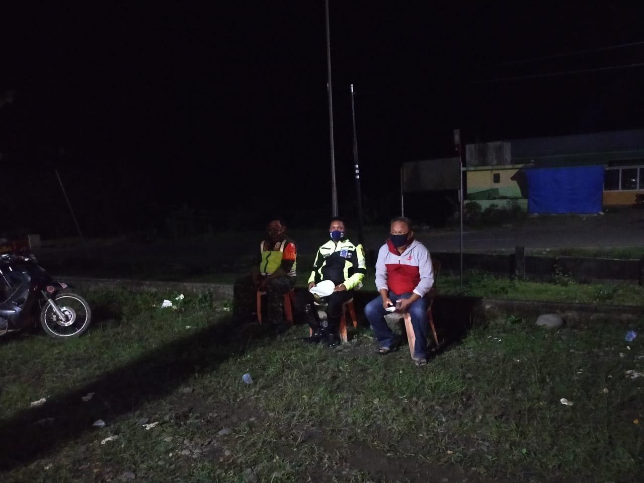 Wakapolres Soppeng Kunjungi Posko Pam Ketupat Marioriwawo