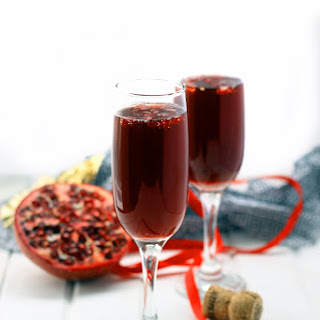 Pomegranate Champagne Martini + 5 Healthy Cocktail Recipes