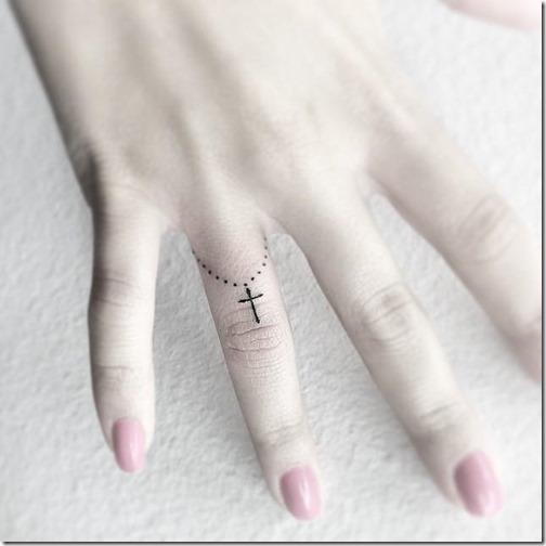 el_terco_funciona_perfectamente_como_un_delicado_anillo