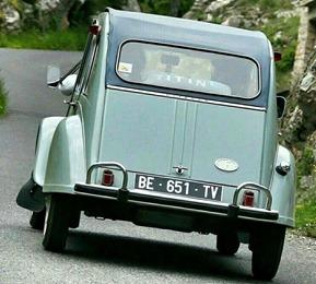 Citroën 1964 2 CV AZAM arrière après
