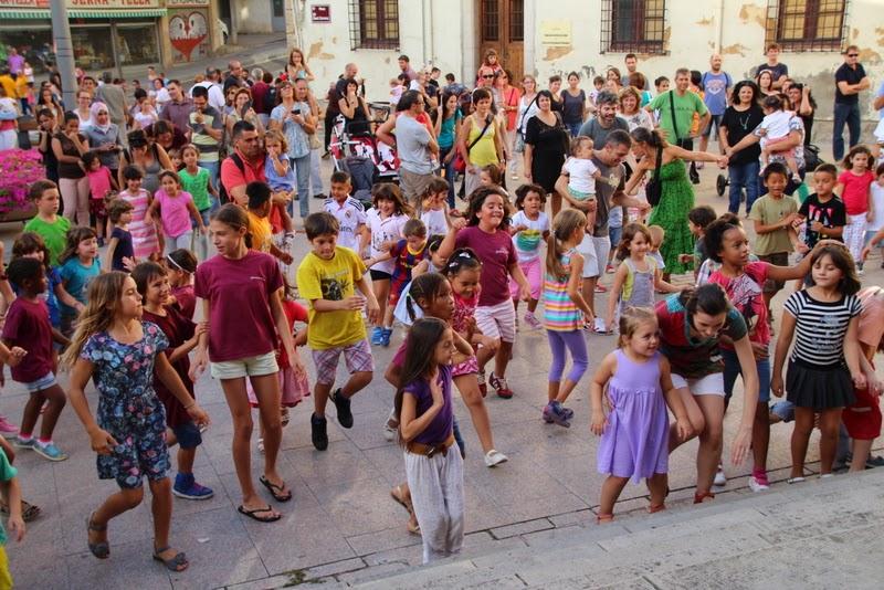 Festa infantil i taller balls tradicionals a Sant Llorenç  20-09-14 - IMG_4288.jpg