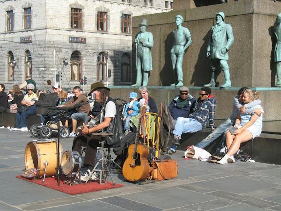 Músico callejero en Bergen