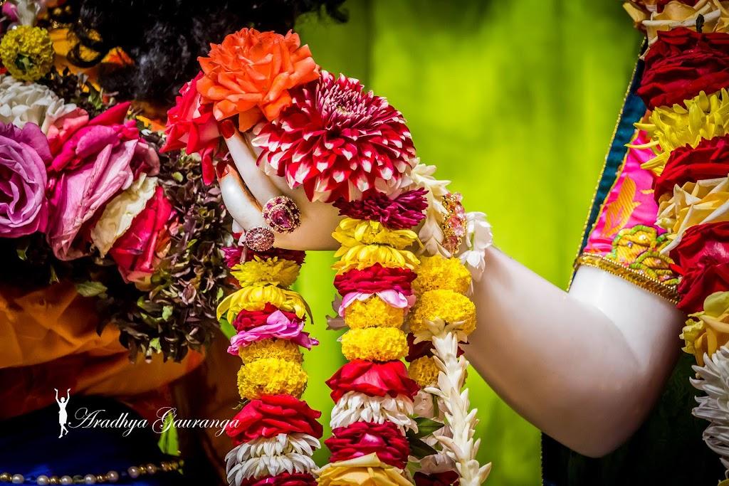 ISKCON Mayapur Deity Darshan 20 Jan 2017 (26)