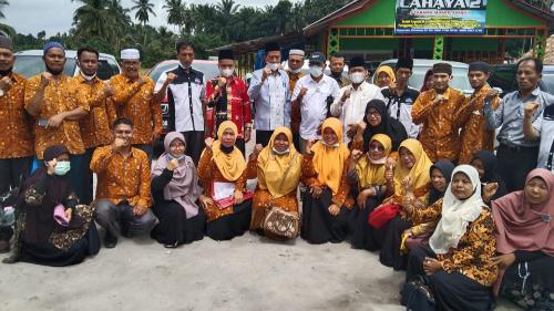 Dihadiri Wabub dan Anggota Dewan, AGPAII Pasbar Gelar Halal bi Halal