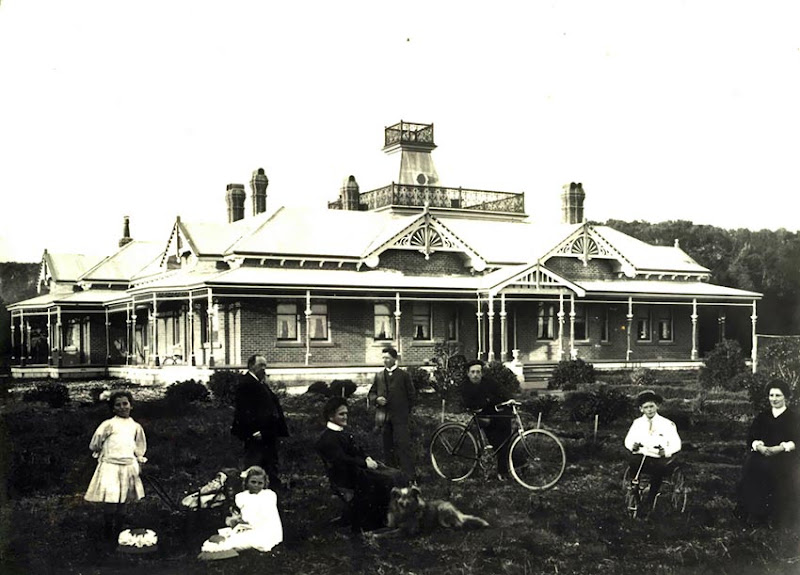 Ormiston House as it was around 1905 with the Henry family in a typical pose for photography.