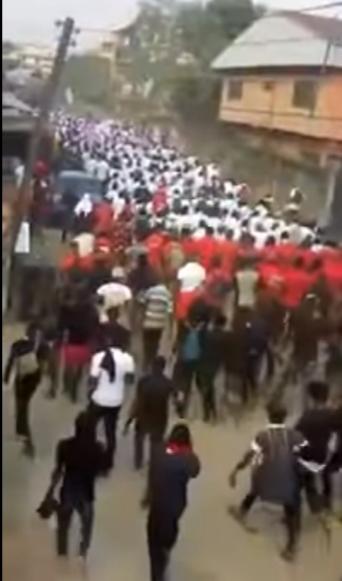 """IPOB Members Protest In Enugu Over """"Killing Of Their Members"""