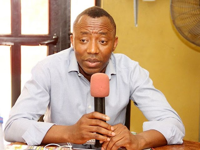 #BuhariMustGo #RevolutionNow: Omoyele Sowore Reveals Why He Stormed Court With 'Herbalist'