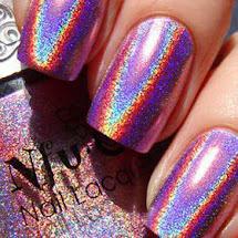 Esmalte holográfico lilás