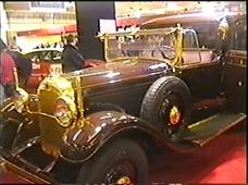 1999.02.20-019 voiture du pape