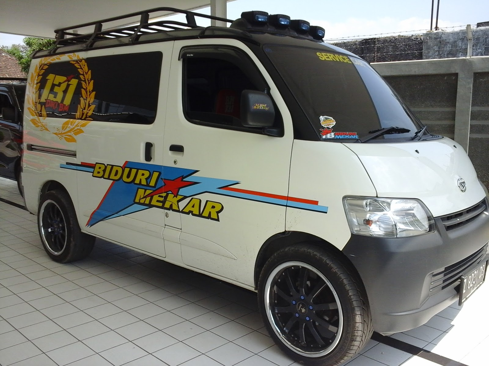 Top Cutting Sticker Mobil Pick Up Grand Max Terbaru