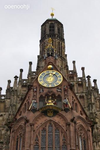 教会の仕掛け時計