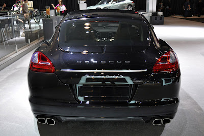 Porsche-Panamera_Turbo S_2012_1280x854_Rear