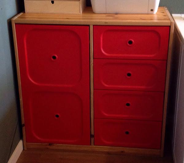 Diy c mo cambiar el aspecto de tus muebles decoraci n for Cambiar el aspecto de un mueble de salon
