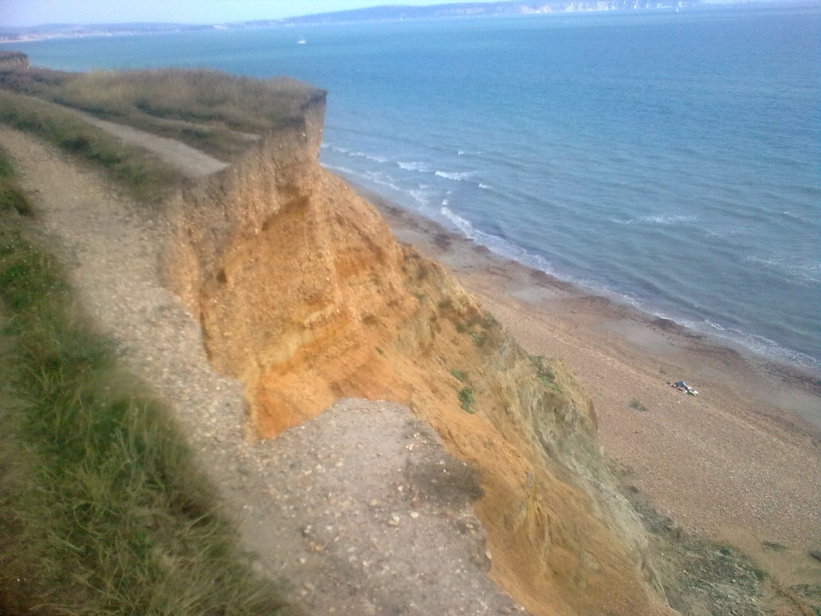 Image0329 eroding cliffs between Milford and Barton-on-Sea