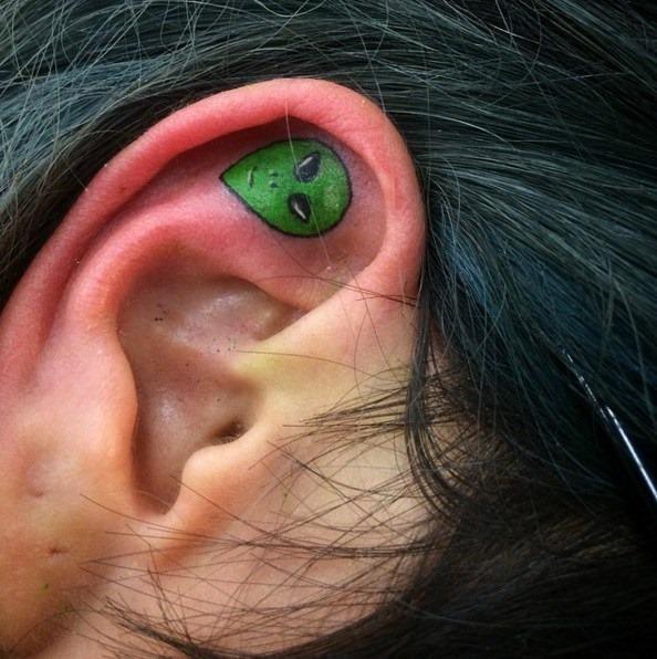 alien_ouvido_tatuagem