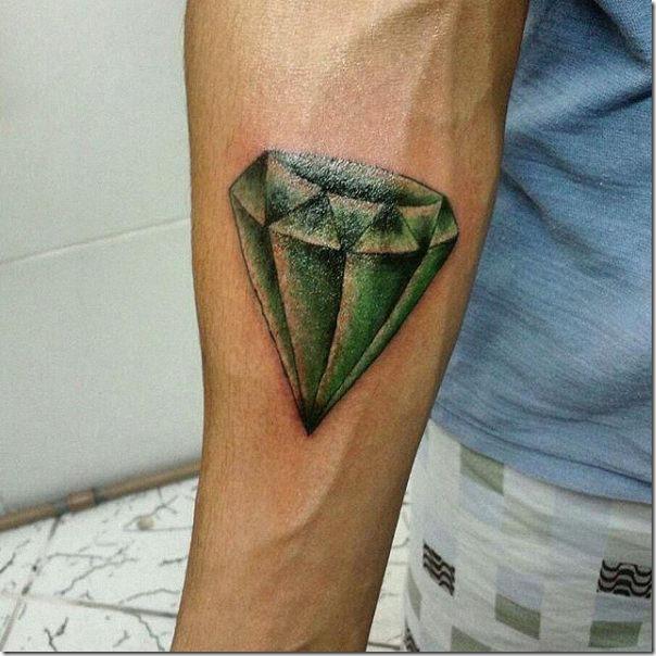 tatuaje_de_diamante_real_verde