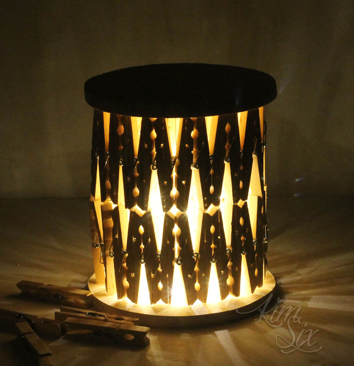 Lantern made of clothespins