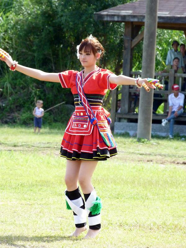 Hualien County. Liku lake. Danses Amis J 2 - liyu%2B2%2B363.JPG