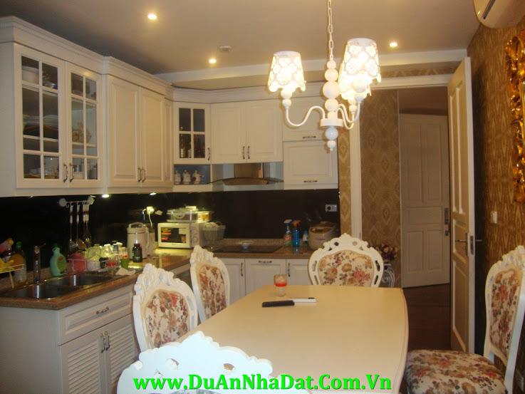 Phòng bếp sang trọng căn hộ P1 Ciputra