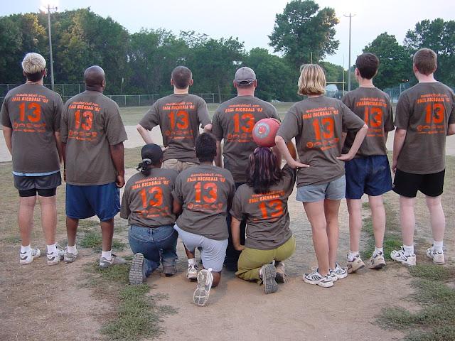 Kickball Fall 2003 - DSC03902.JPG