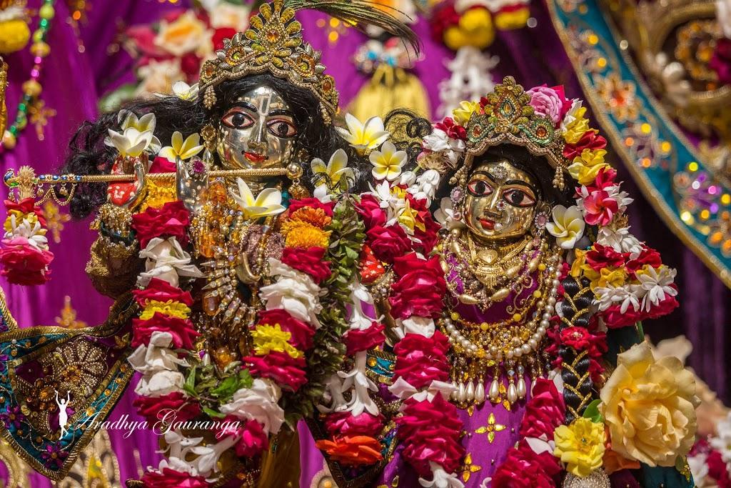 ISKCON Mayapur Deity Darshan 31 Dec 2016 (37)