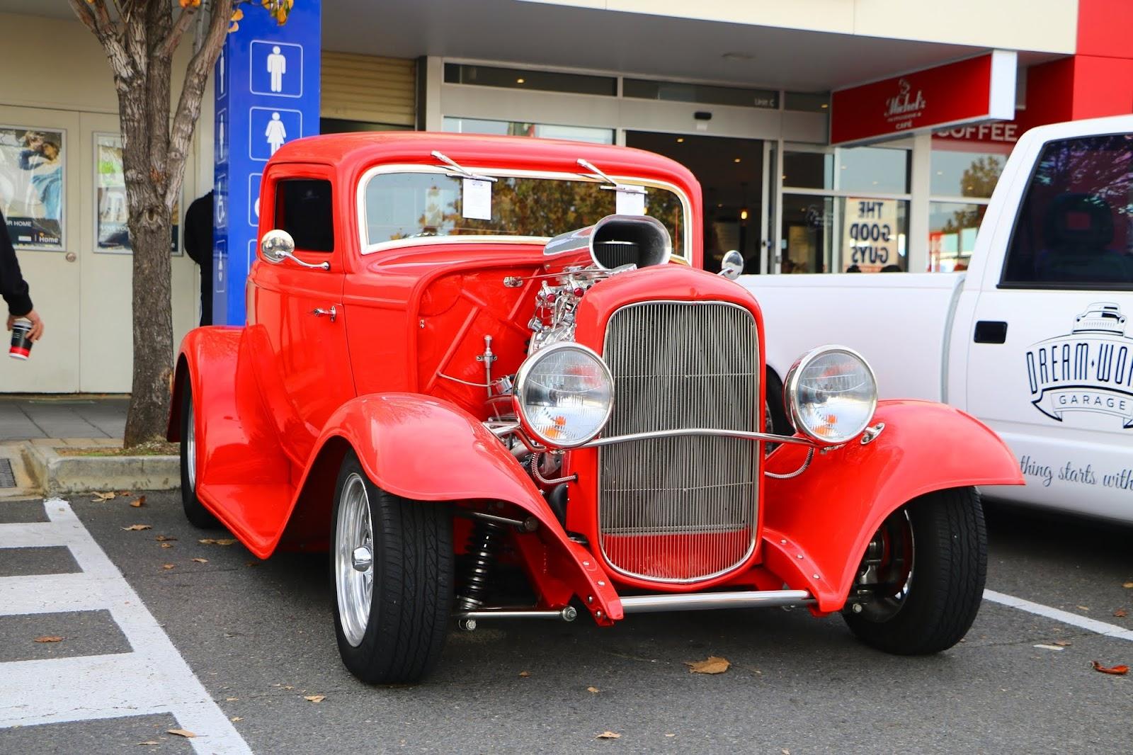 1932 Ford Hot Rod.jpg