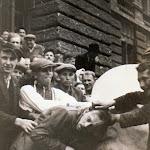 Львов - евреи -бюст Ленина 2.jpg