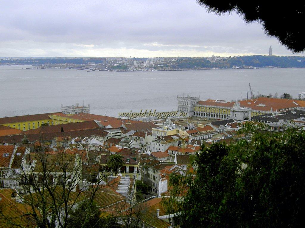 Вид на Тежу с крепости Святого Георгия