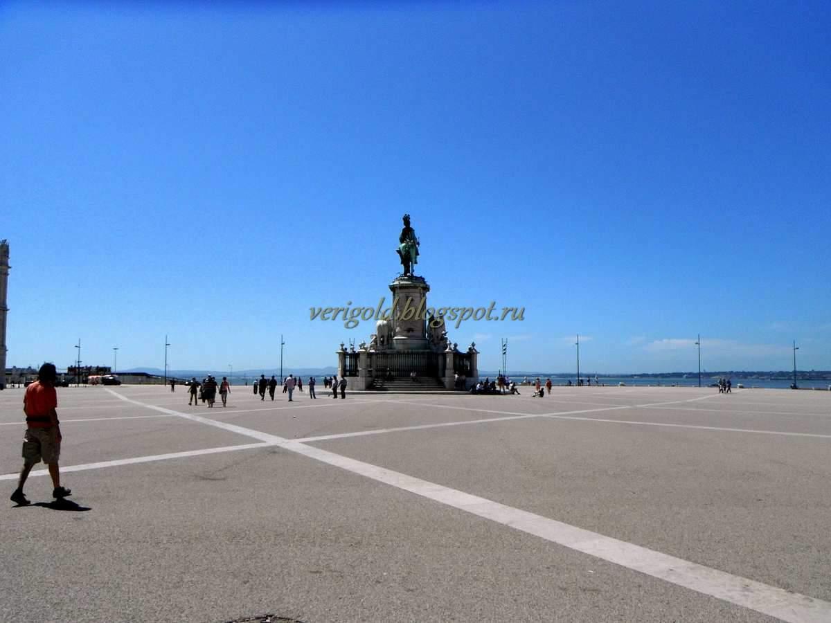 Праса ду Комерсиу Лиссабон фото