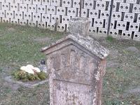 temető8-Gyereksír.jpg