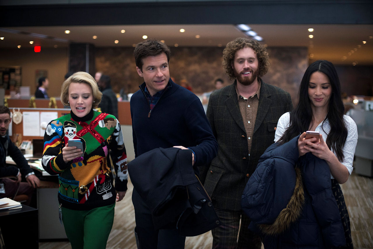 (L-R) Kate McKinnon as Mary Winetoss, Jason Bateman as Josh Parker, T.J. Miller as Clay Vanstone and Olivia Munn as Tracey Hughes in OFFICE CHRISTMAS PARTY. (Photo by Glen Wilson / courtesy of Paramount Pictures).